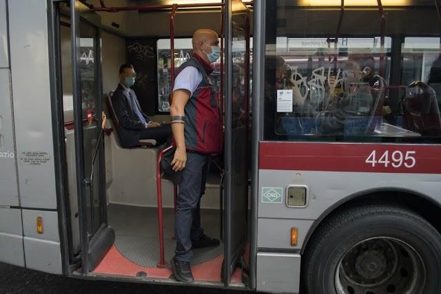 Sugli autobus e sui tram Atac tornano da oggi i controllori