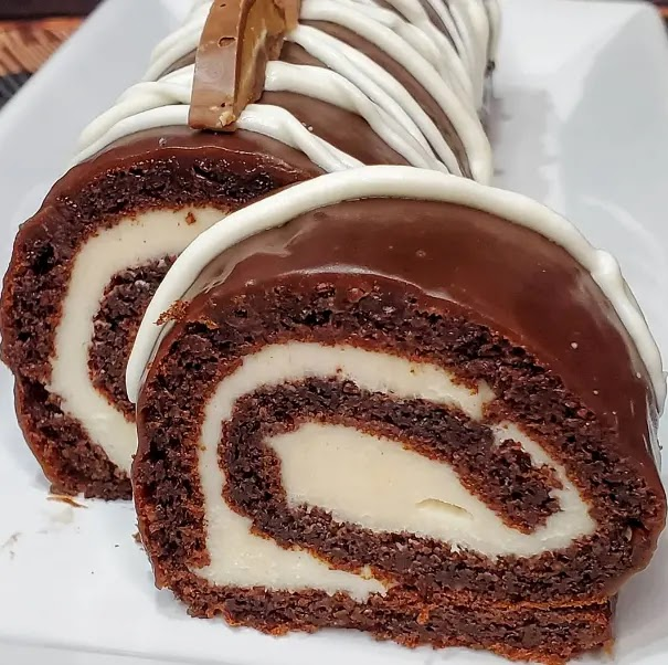 Keto Chocolate Swiss Roll