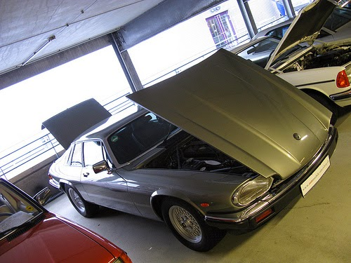 Jaguar XJS with bonnet and boot open