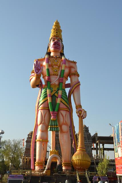 Sant Tiruvalluvar Murti