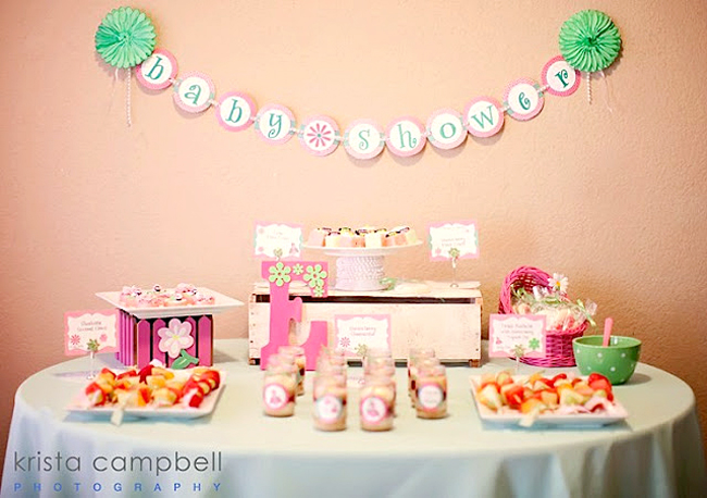 banner at baby shower, girls baby shower decor ideas, pink daisy