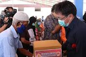 Peduli, Pimpinan dan Anggota DPRD Sulut Secara Mandiri Berikan Bantuan ke Masyarakat