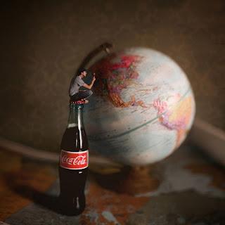 Fotomontaje y coca-cola