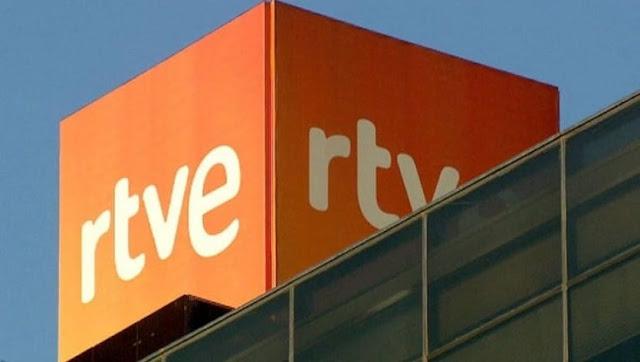 El ridículo de los diputados del PP al reprochar a TVE  algo que hace Twitter