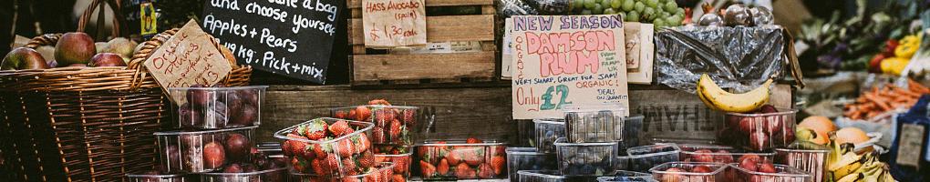 farmers-market-fresh-fruits