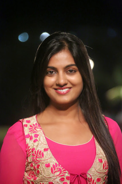 Shruthi Raj Photos