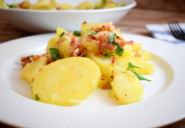 Ensalada de Patatas con Bacon. Vídeo Receta