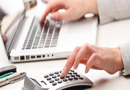 شركة إماراتية تعلن عن حاجتها لشغل وظيفة كاتب إداري في دبي