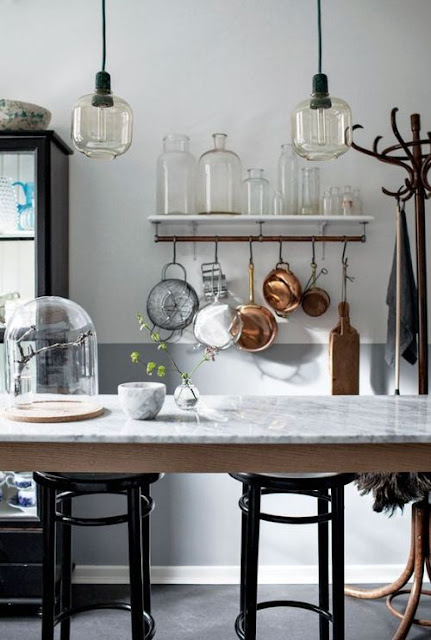 hellolovely-hello-lovely-studio-french-farmhouse-beautiful-kitchen-marble-island