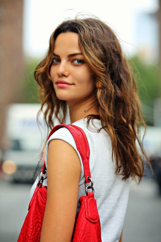 Models Jam Barbara Fialho, New York, September 2013