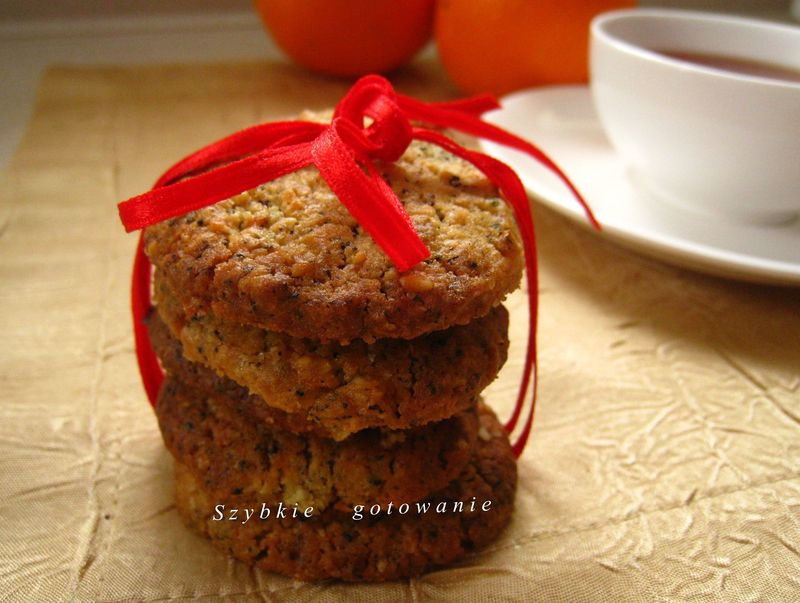 Herbaciane ciasteczka Earl Grey z płatkami owsianymi i skórką pomarańczy