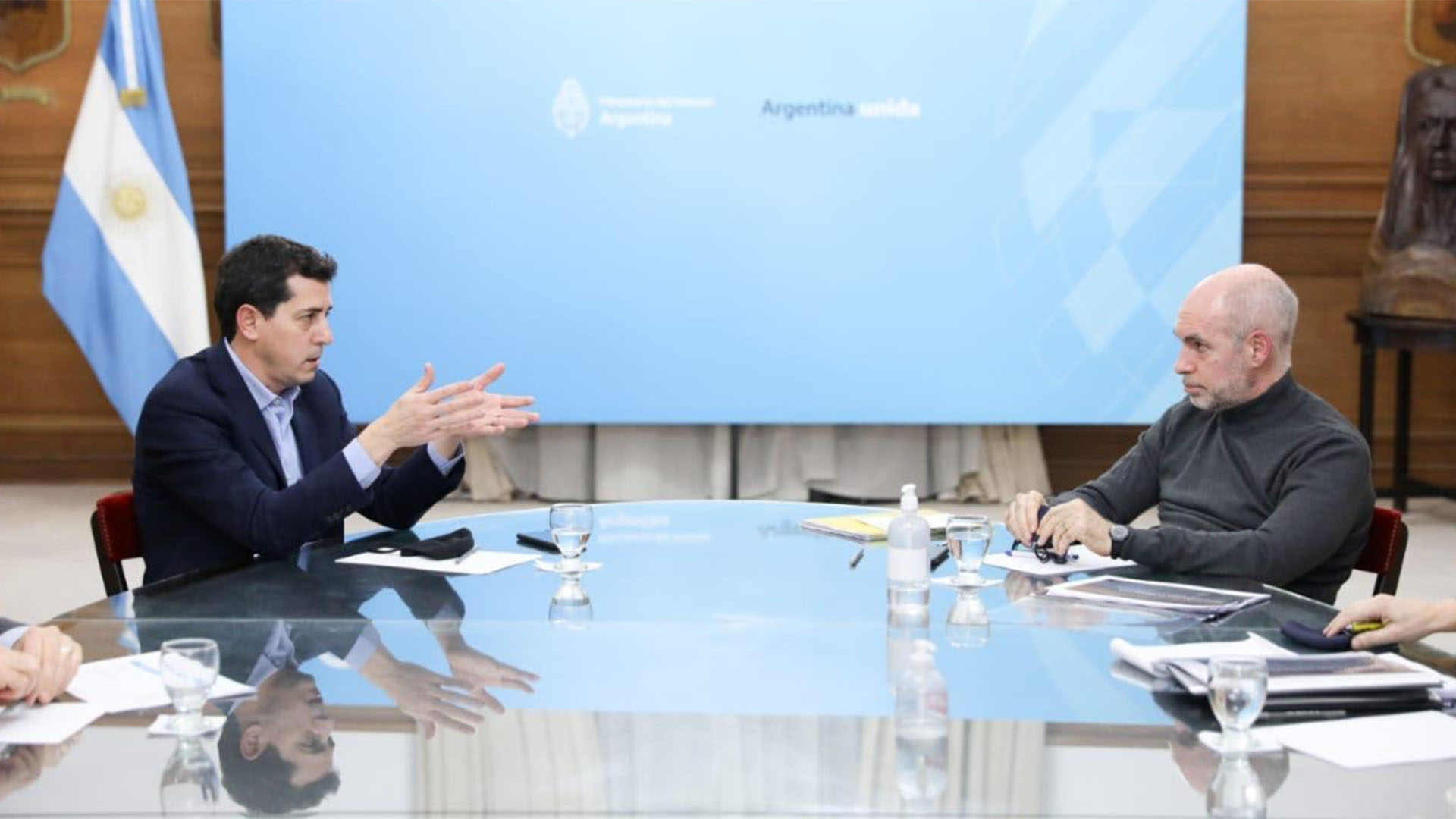 El Gobierno convocó a una reunión a Horacio Rodríguez Larreta por el traspaso de fondos para la Policía de la Ciudad