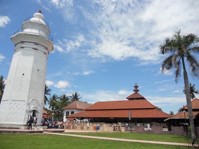 Masjid Agung Banten dan Perpaduan Budaya didalamnya
