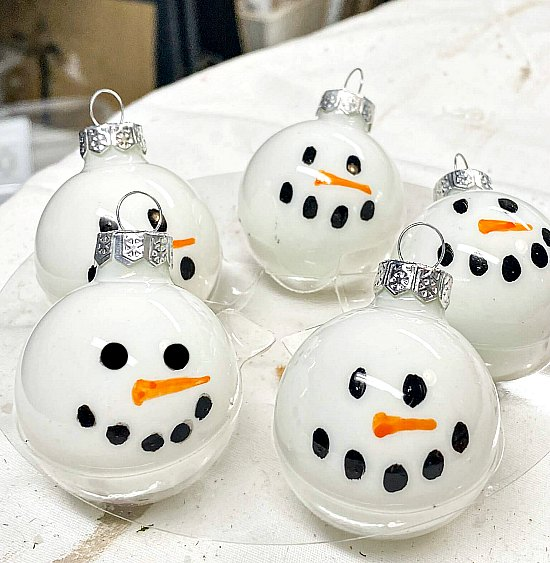 Easy to Make DIY Snowman Ornaments