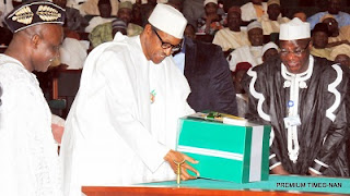 See How Buhari's 2017 National Budget Exposed is A Big Fraud... See Shocking Details Buhari%2Bbudget