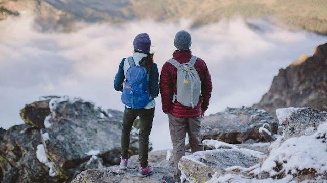 Tips Wisata ke Gunung untuk Pemula dan Manfaatnya
