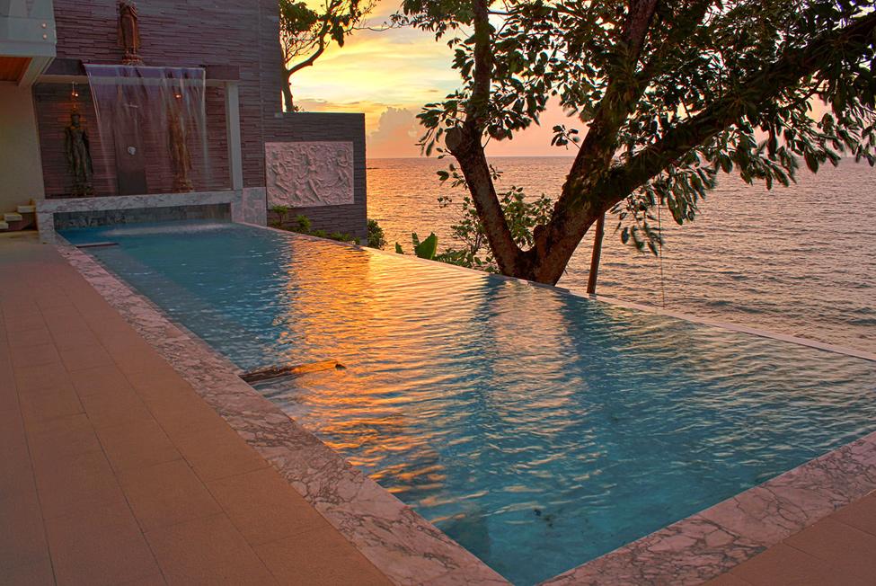 luxury seaside villa
