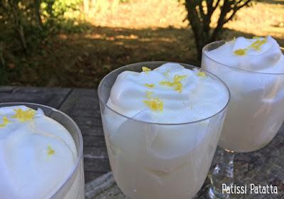 mousse au citron, nuages de citron, recette de mousse au citron, mousse de Martha Stewart, recette de Martha Stewart, citron aérien, un bonheur de mousse, mousse au citron américaine, snowball, patissi-patatta