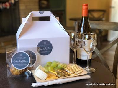 wine-tasting picnic box at Kenwood Inn & Spa in Kenwood, California