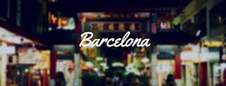 Barcelona de noche con sus luces de colores