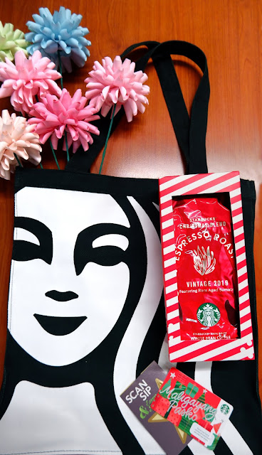 Starbucks Philippines Christmas Planner Travel Organizer