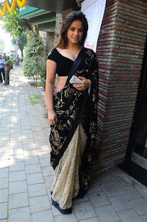 Neetu Chandra in Black Saree at Designer Sandhya Singh Store Launch Mumbai (20).jpg