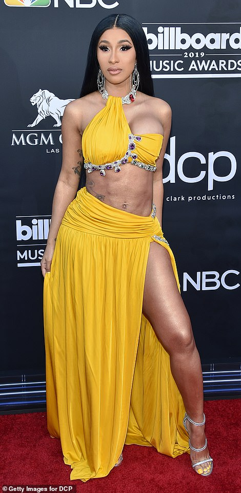Cardi B flaunts her new assets at red carpet of the 2019 Billboard Music Awards