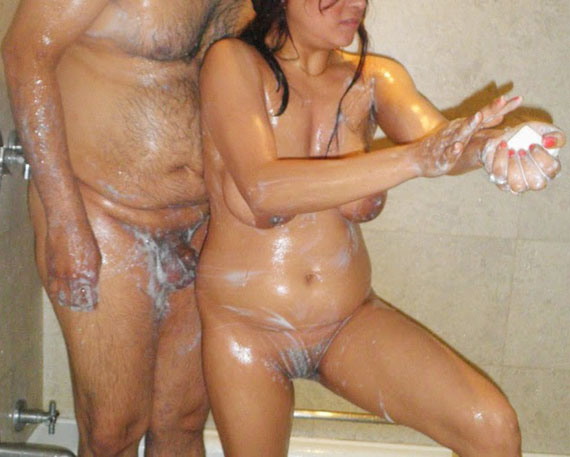 Indian Girl Bathing Porn