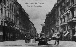Fontana del Candelabro a Torino
