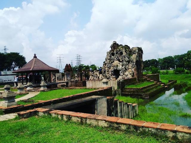 Wisata Angker Yang Memiliki Pemandangan Indah di Pulau Jawa