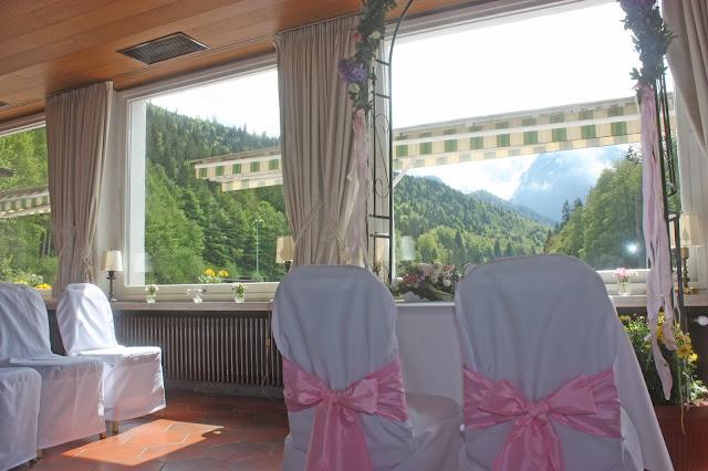 Evangelische Trauung im Kaminzimmer im Seehaus am Riessersee - Protestant wedding at the lake house - Riessersee Hotel Garmisch-Partenkirchen