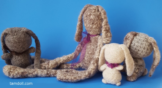 wool felt bunnies by tamdoll