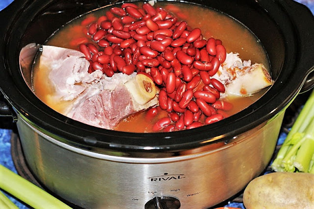 How to Make Slow Cooker Ham & Kidney Bean Soup Image