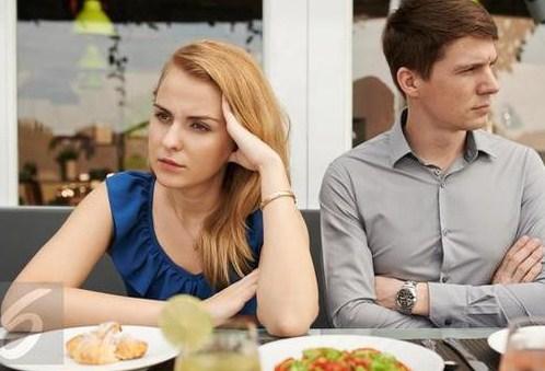 Cara Menghadapi Suami Yang Malas Membantu Di Rumah