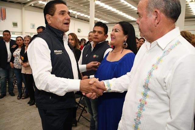 Recibe Dif Coahuayana apoyos gestionados por Elsa Radillo