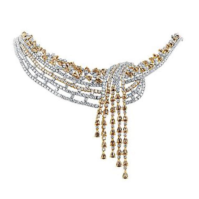 Diamond Necklace by VelvetCase.com- Rs. 20,46,639