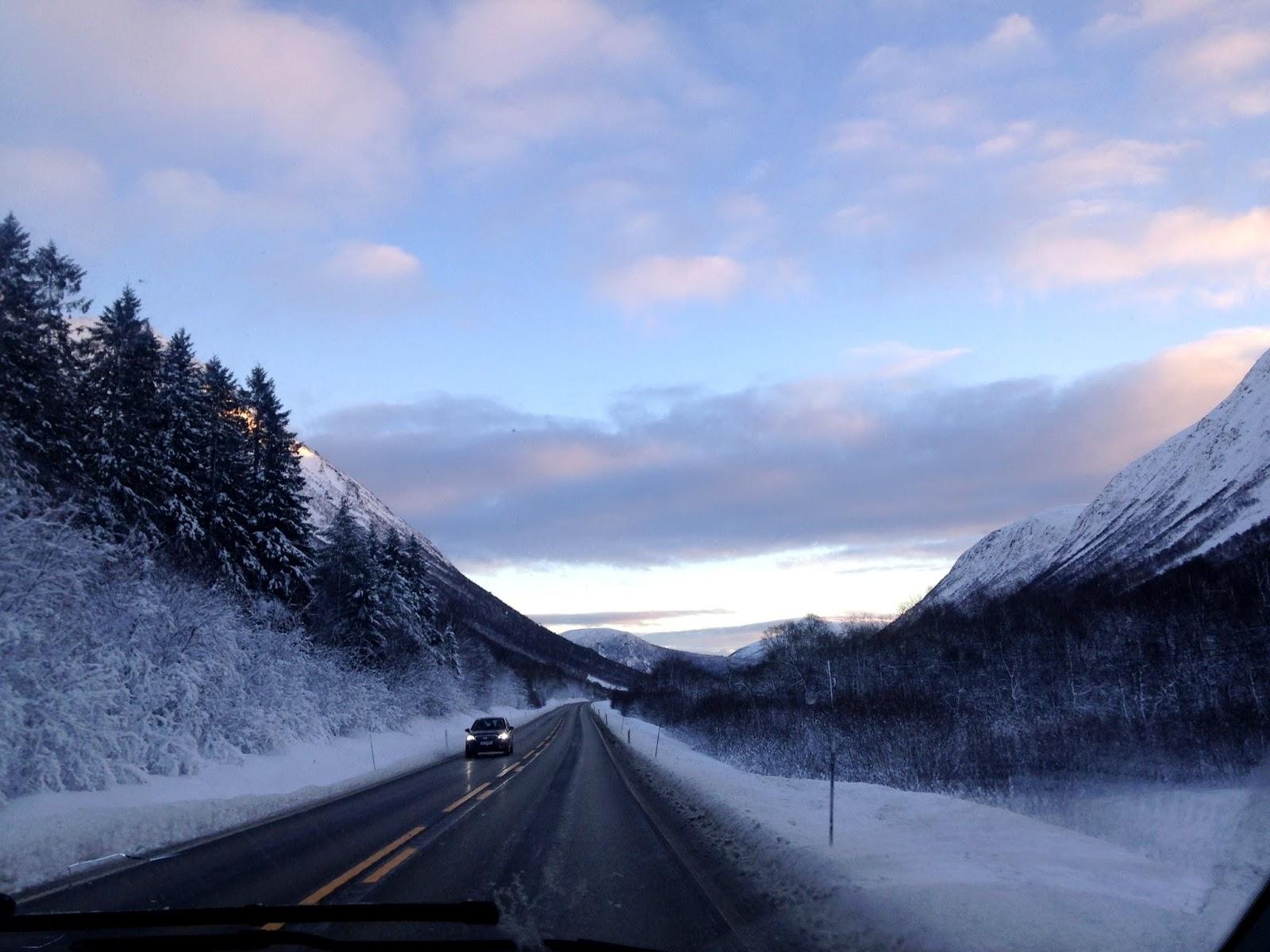 Alpy Sunmore Norwegia krajobraz
