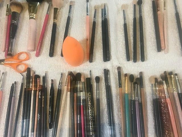 AMYSMAKEUPBOX Makeup Brushes