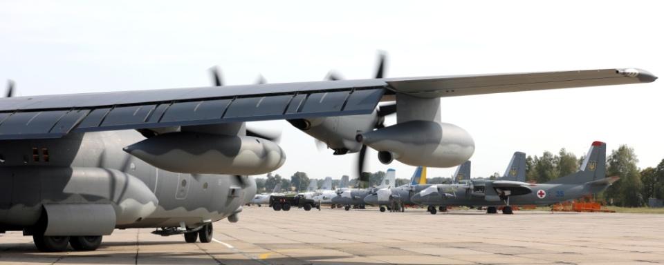 В Україні з'явиться міжнародний центр підготовки пілотів