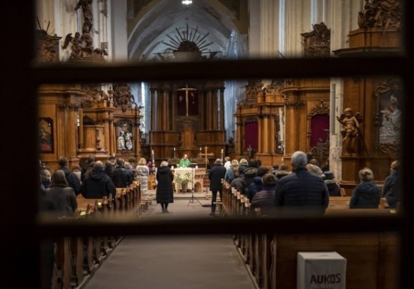Cérémonies religieuses : l'exécutif reste inflexible et refuse toute réouverture