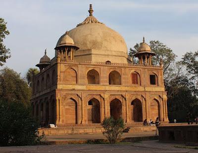 Khusrau's Tomb at Khusru Bagh, Allahabad