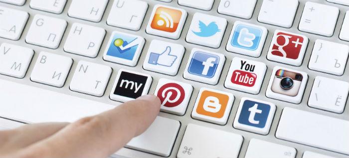 сайт и соц сети