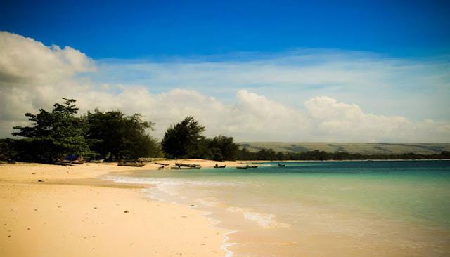 Pantai Terindah Di Sumba Timur