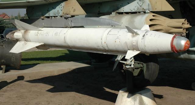 روسيا تصنع صاروخا سريا للمقاتلات