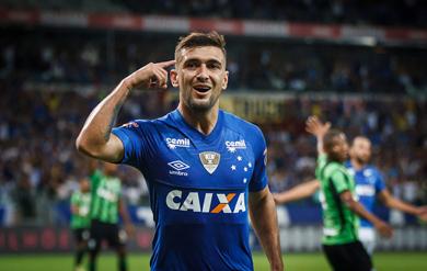 9865d76dcafdd Camisa 10 deixou o clube celeste (Créditos  Vinnicius Silva Cruzeiro E.C.)