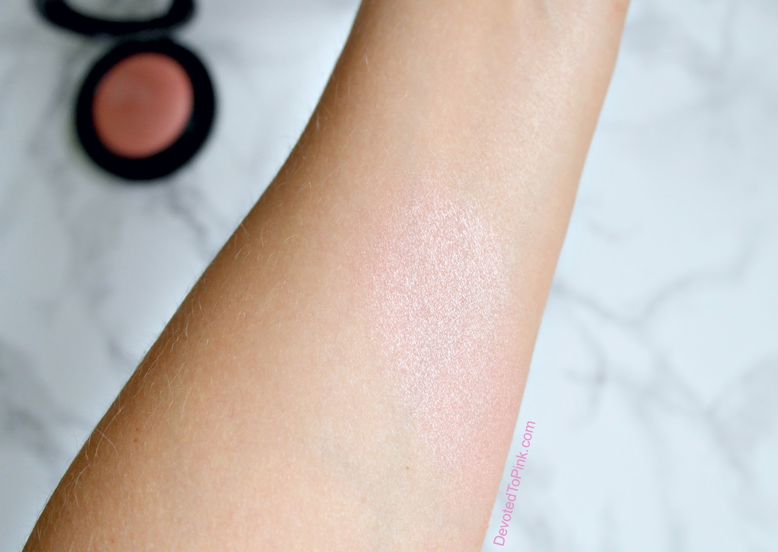 MAC New Romance Mineralize Blush Review, swatches