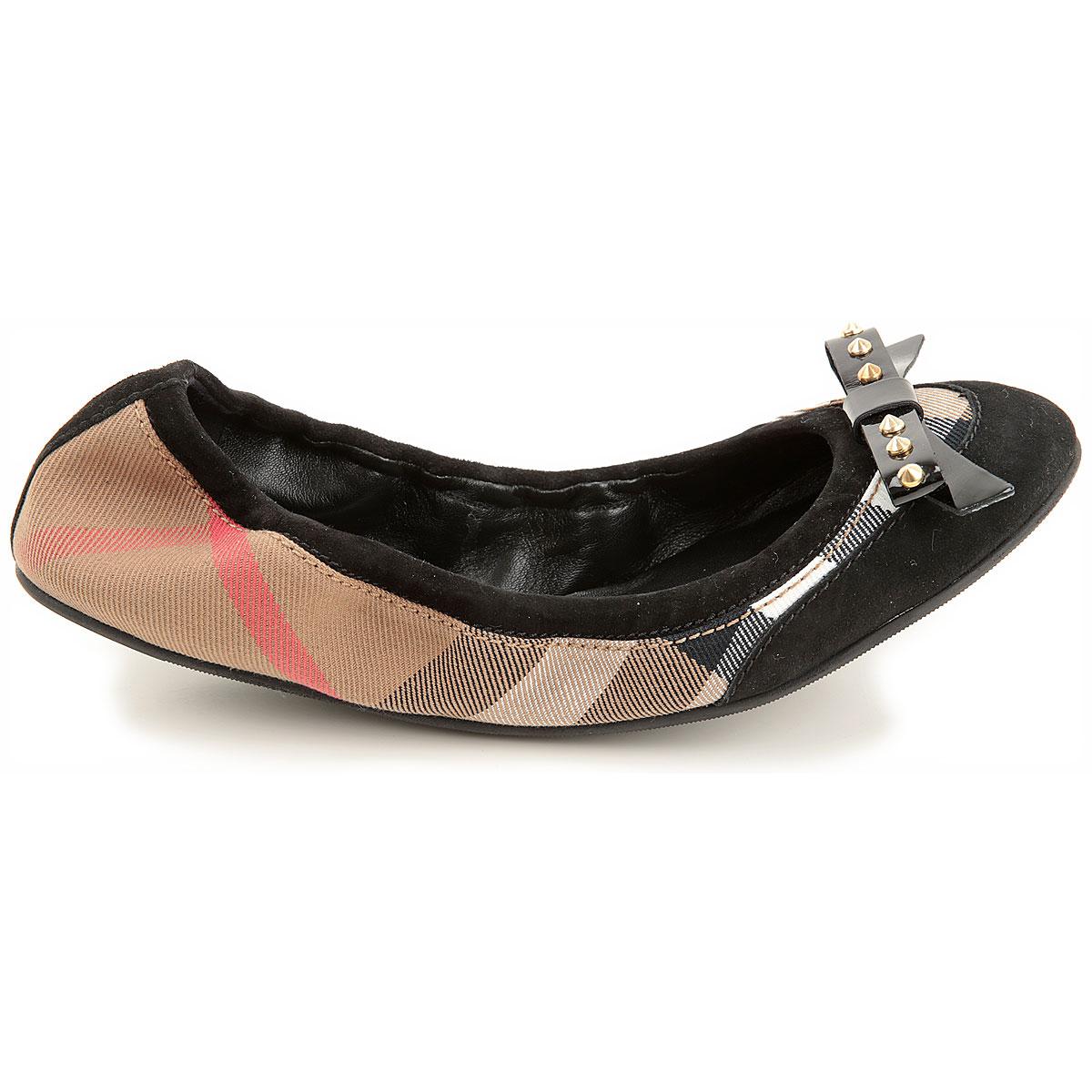 Burberry yeni sezon ayakkabıları