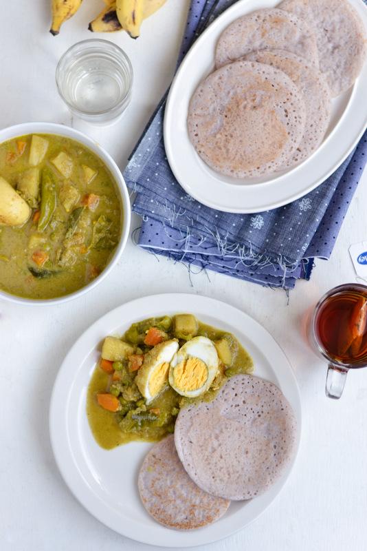 vellayappam with egg curry tea and banana