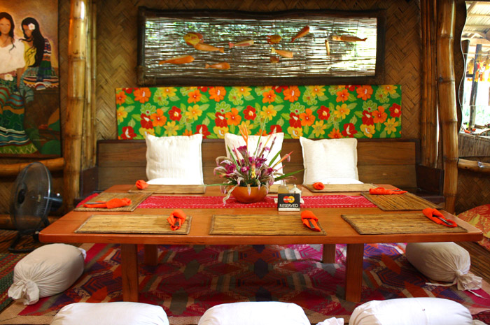 Kalui elicits homey ambiance as if you are dining in your own kitchen.