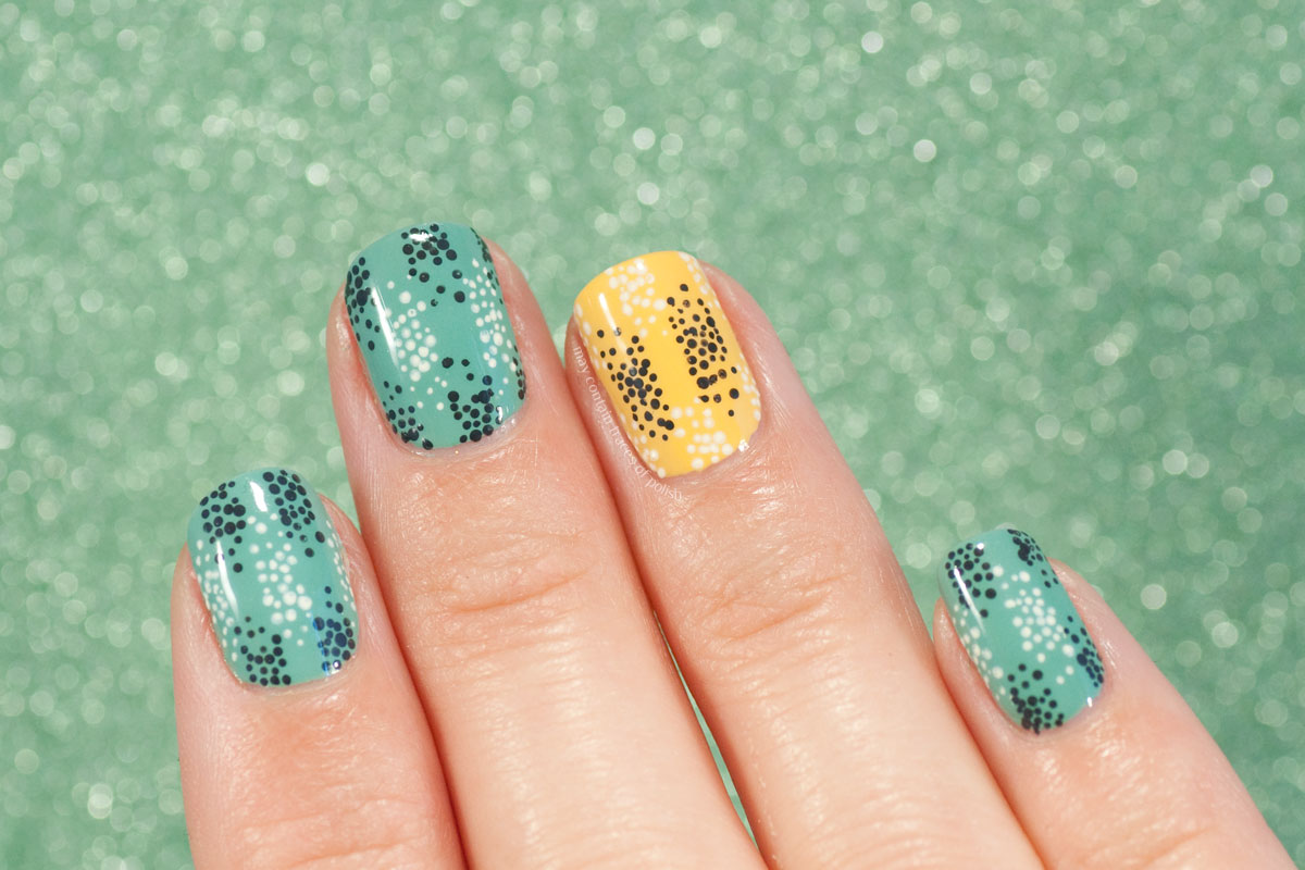 Dotted Gradient Nail Art
